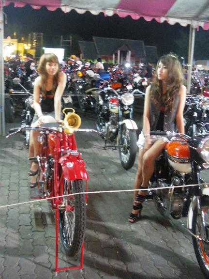 '10 バイクショー18a.JPG