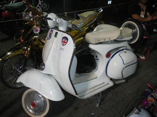 '10 バイクショー9a.JPG