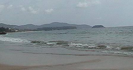 カロンビーチ右8a.JPG
