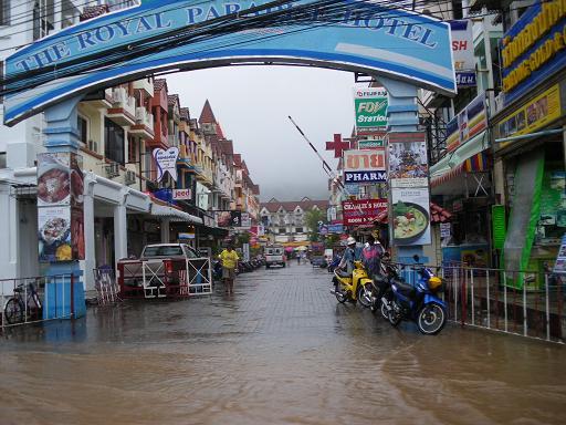 パトンの洪水4a.JPG